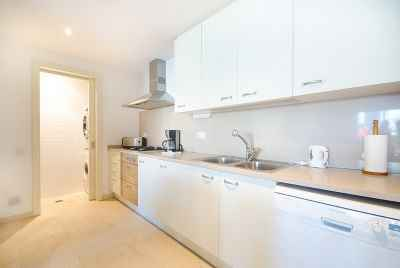 Bright 2 bedroom apartment in Barcelona with terrace close to the sea and shopping complex